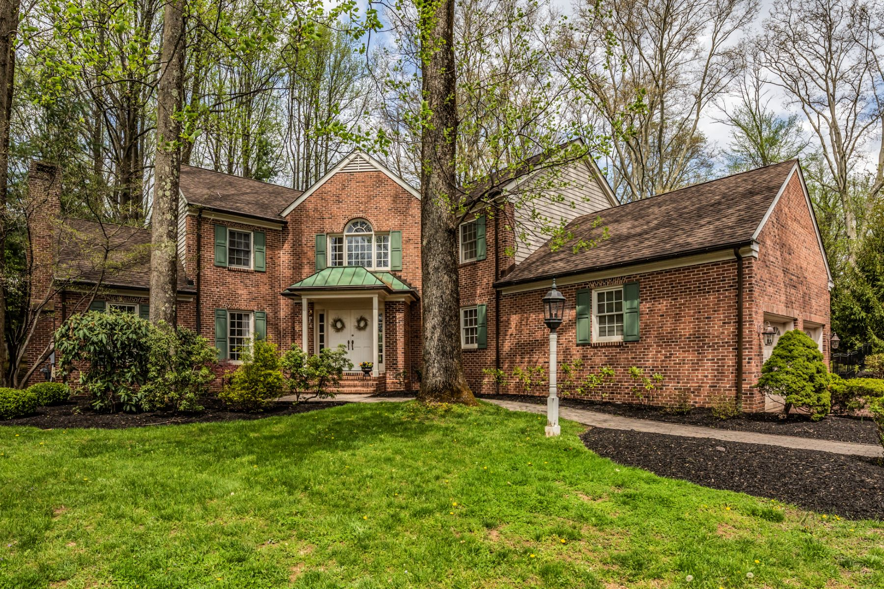Brick Beauty in a Premier Princeton Neighborhood 44 Scribner Court, Princeton, Nova Jersey 08540 Estados Unidos