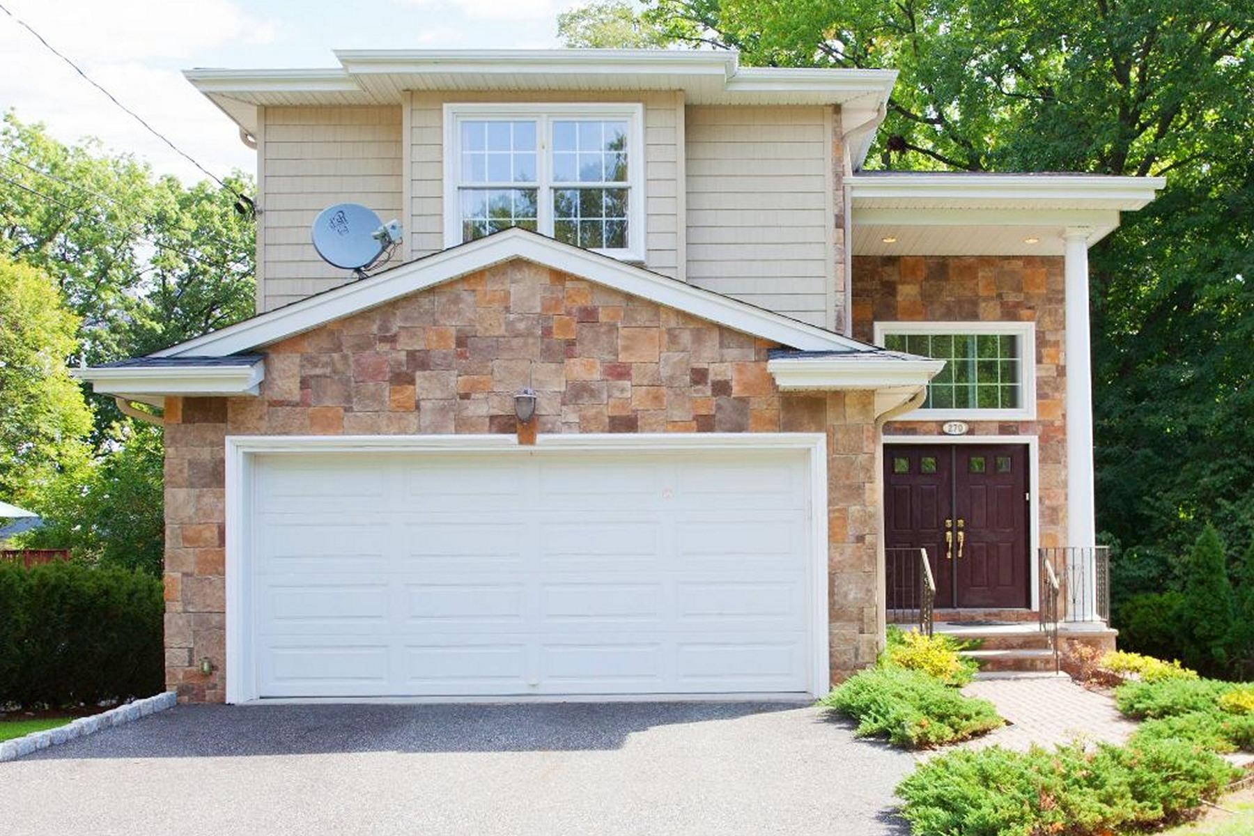 Moradia para Venda às Fabulous Home! 270 Concord Street, Cresskill, Nova Jersey 07626 Estados Unidos