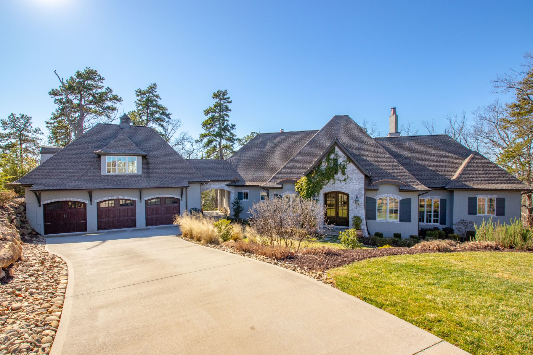 Single Family Homes for Sale at Beautiful, custom home with pool, privacy and views in Montebello! 14 Bella Citta Court Greenville, South Carolina 29609 United States