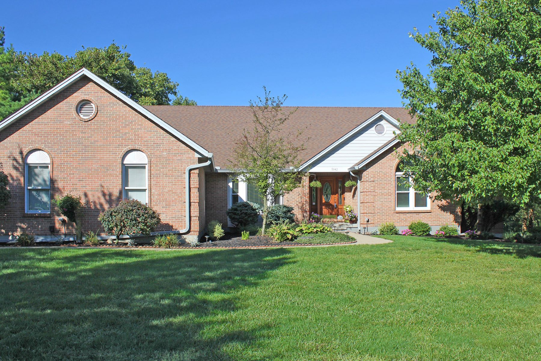 Single Family Homes for Sale at Easy one level living 5142 Providence Ridge Drive Liberty Township, Ohio 45011 United States