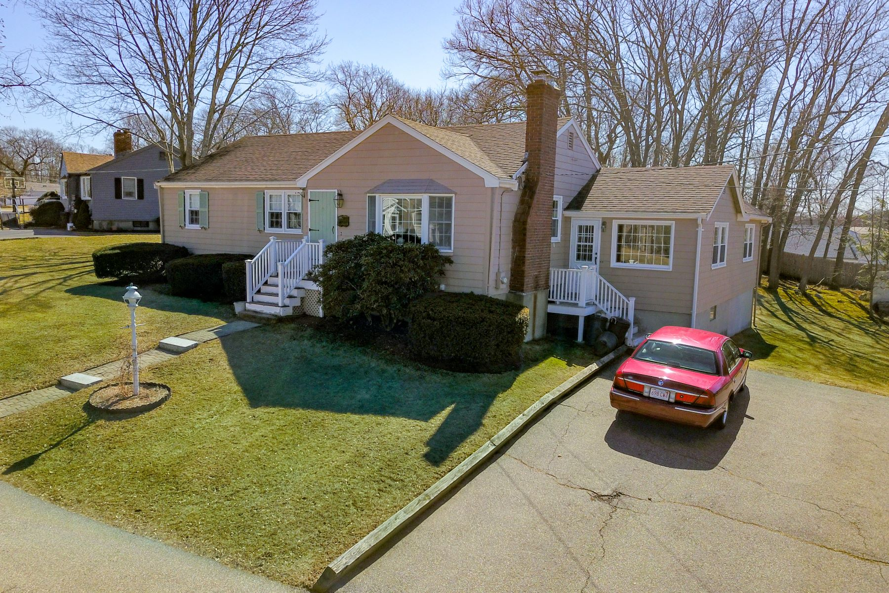 Single Family Home for Active at Sun-filled West Side Ranch 41 Duren Avenue Woburn, Massachusetts 01890 United States