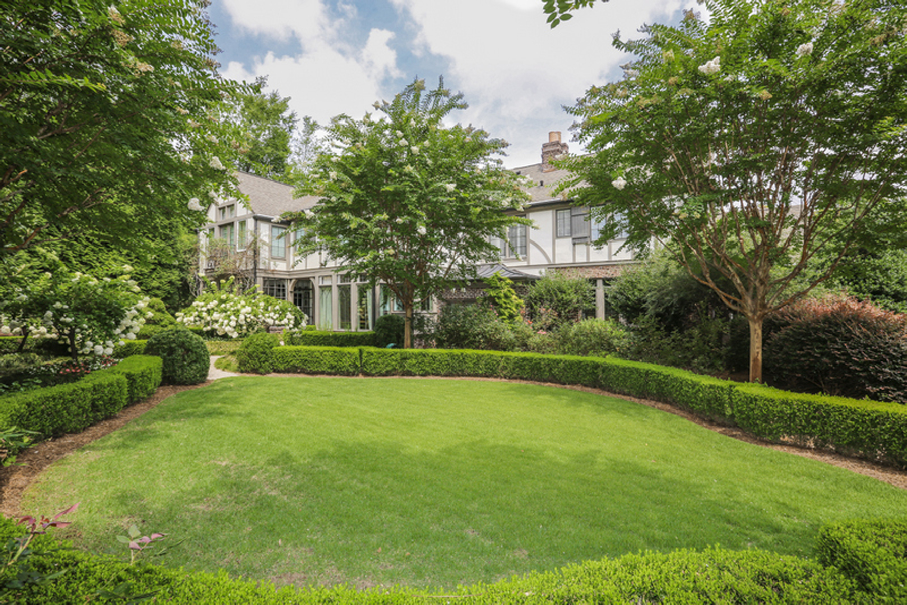 Single Family Home for Sale at Fabulous Renovation With Total Privacy In The Middle Of Buckhead 340 Manor Ridge Drive NW Atlanta, Georgia 30327 United States