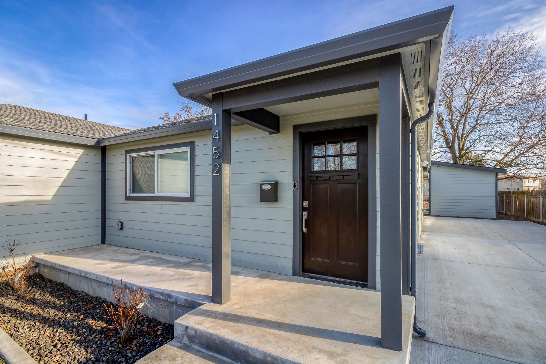 Single Family Homes 용 매매 에 Francis Smart Home 1452 Francis Ave, Walla Walla, 워싱톤 99362 미국