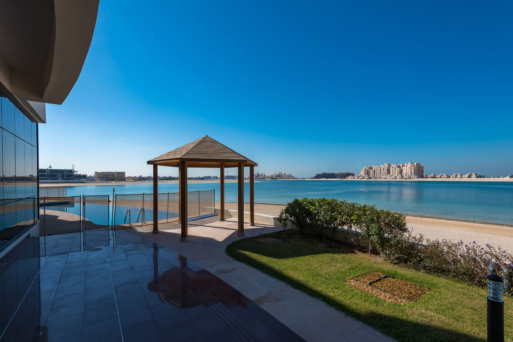 獨棟家庭住宅 為 出售 在 Rare Opportunity to Own a Full Tip of 5 villas on Palm Jumeirah Other Dubai, 阿聯酋