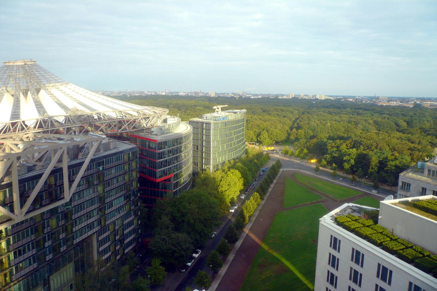 "公寓 为 销售 在 Tower Apartment with ""Ritz-Carlton""-Service ! 柏林, 柏林, 10785 德国"