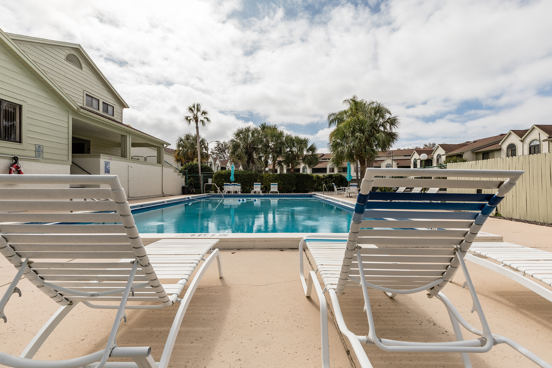 townhouses for Sale at 541 Walden Ct, Dunedin, Florida 34698 United States