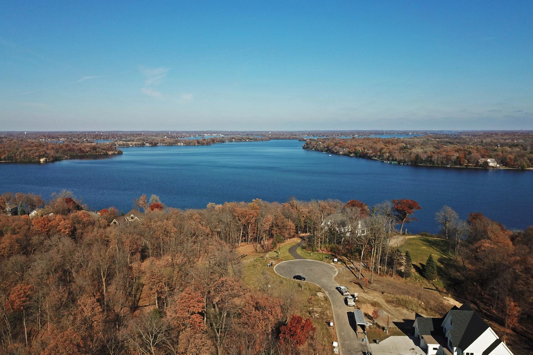 Land for Sale at Large 1.55 Acre Site in Hawks Pointe, Lake Minnetonka 6460 Hawks Pointe Lane Victoria, Minnesota 55331 United States