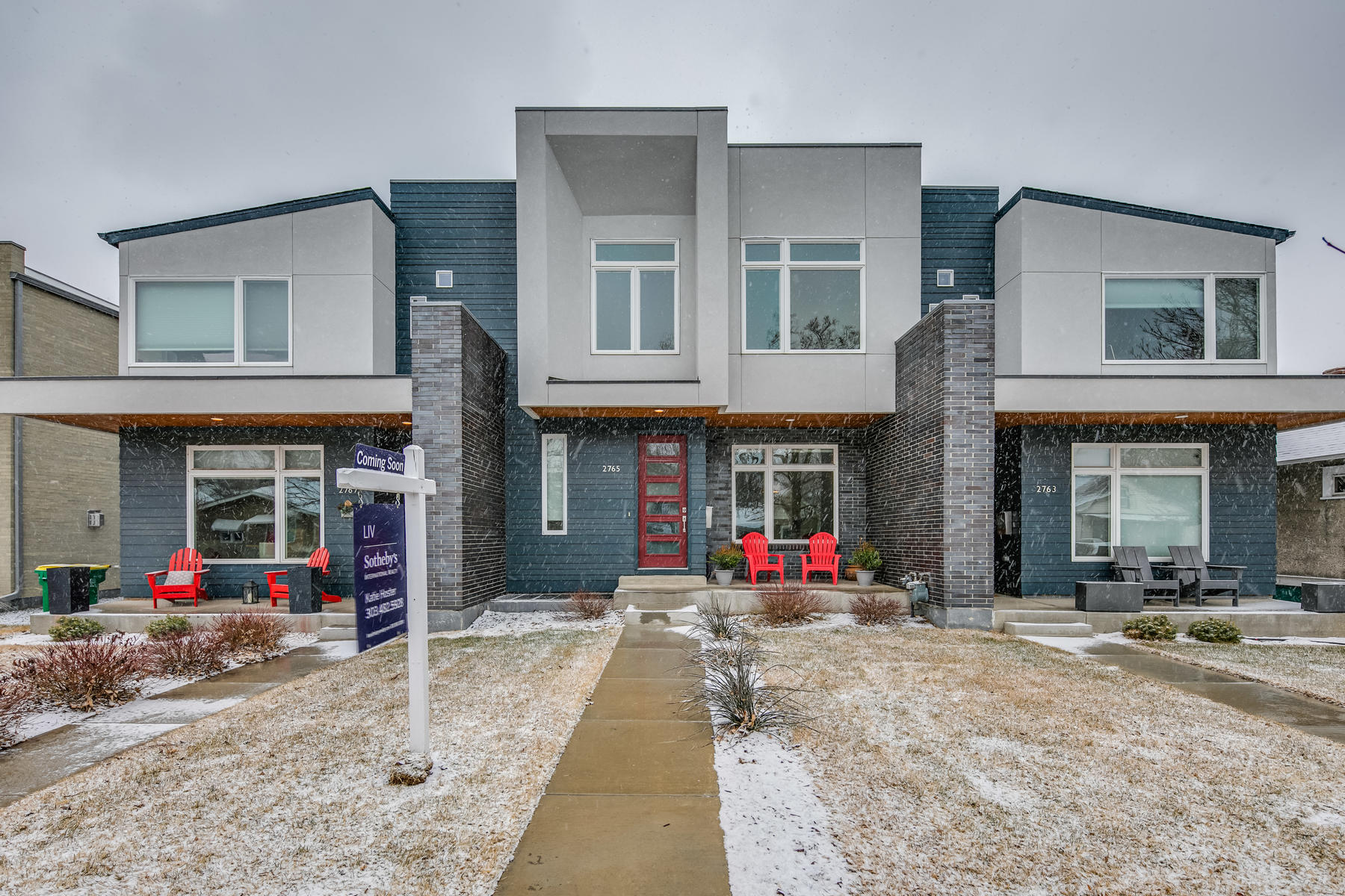 Single Family Homes for Active at Contemporary Style Townhome 2765 South Lincoln Street Englewood, Colorado 80113 United States