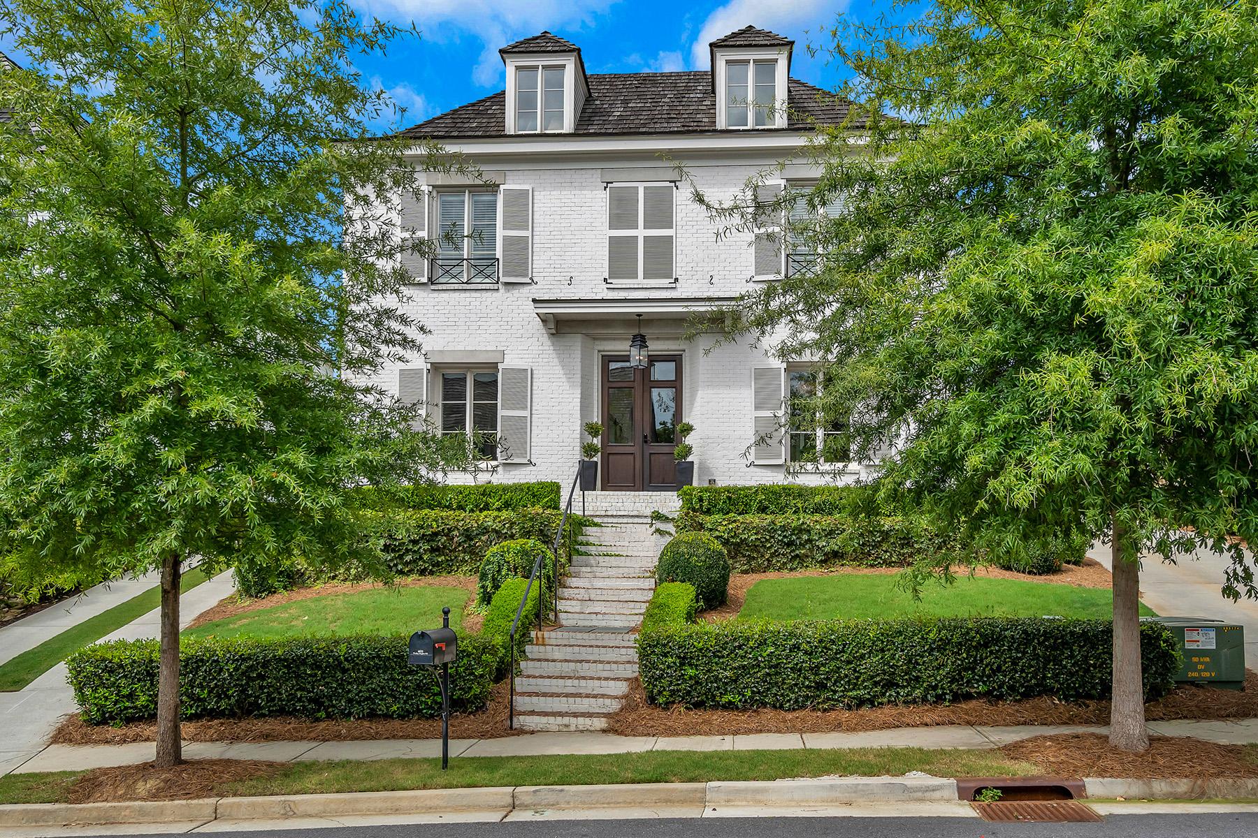 Single Family Homes por un Venta en Timeless Elegance in the Heart of Vickery 6825 Wesley Hughes Road, Cumming, Georgia 30040 Estados Unidos