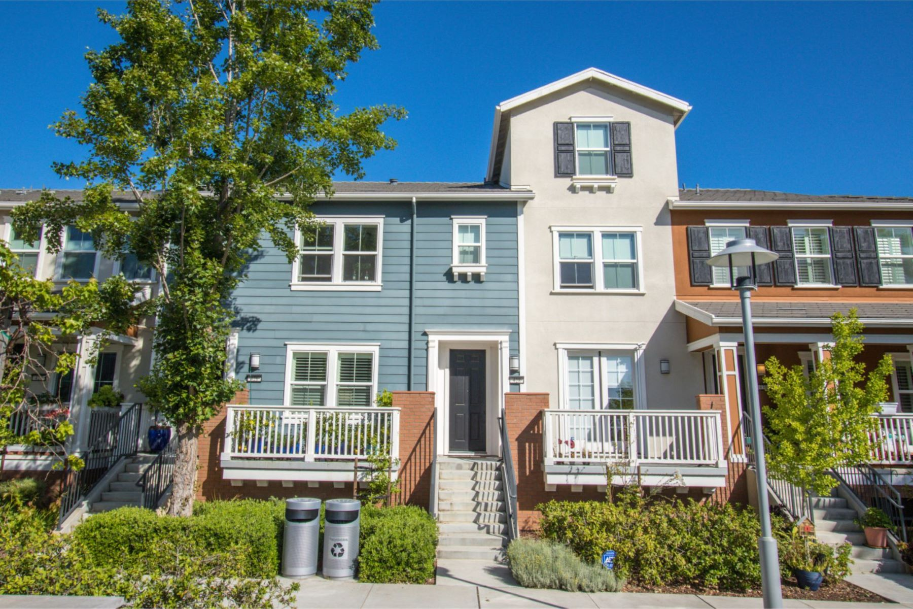 Townhouse for Active at Stunning Contemporary Townhome 428 Burns Lane San Mateo, California 94403 United States