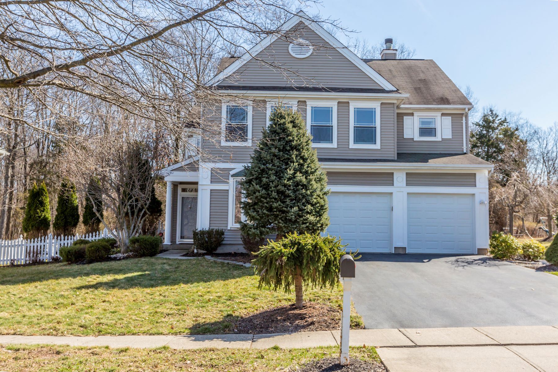 Single Family Home for Sale at Backed by Leafy Privacy in WoodsEdge 41 Rutgers Lane, Princeton, New Jersey 08540 United States