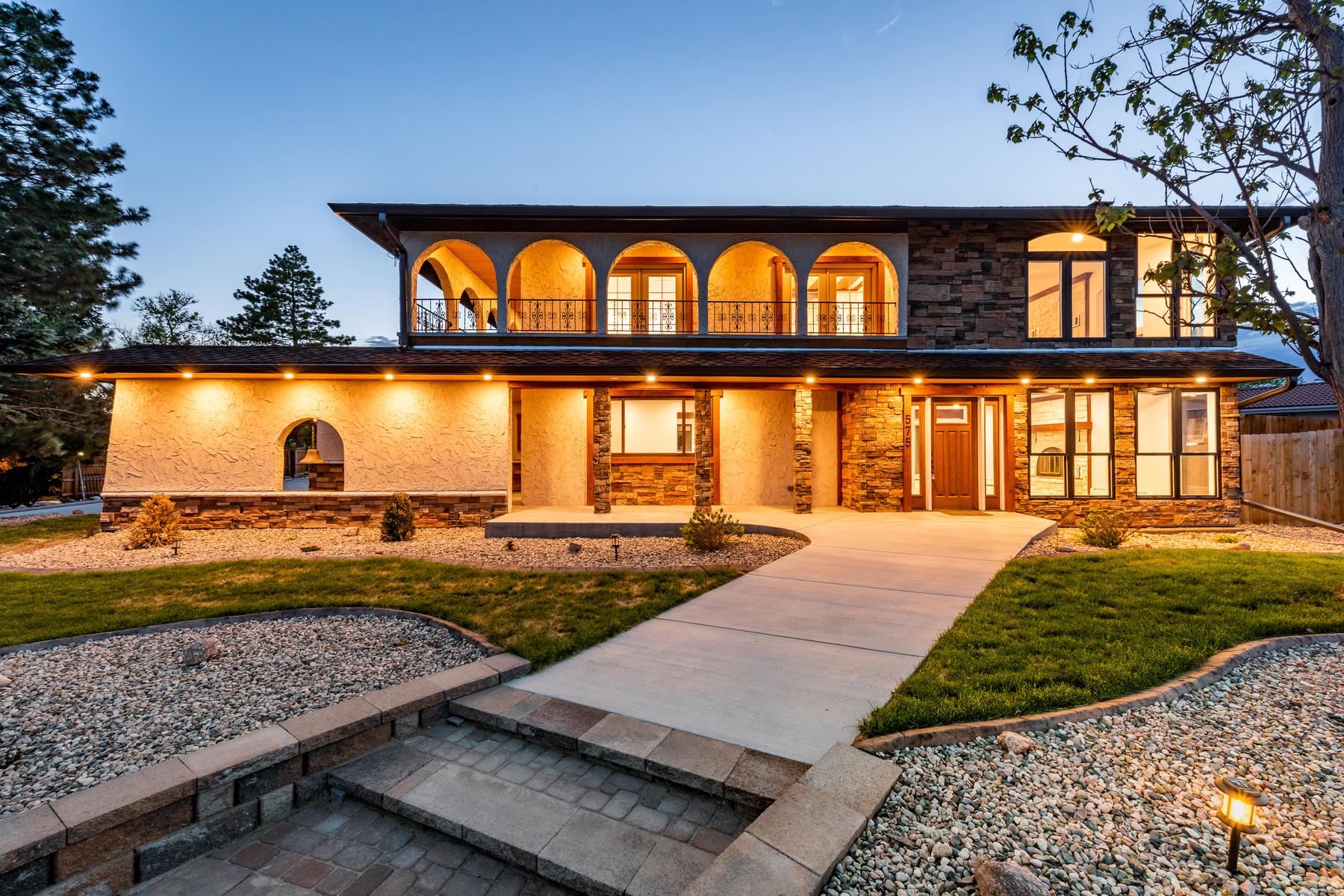 Single Family Homes for Sale at This extraordinary home sits atop a hill on over a half acre! 575 S Nelson Street Lakewood, Colorado 80226 United States