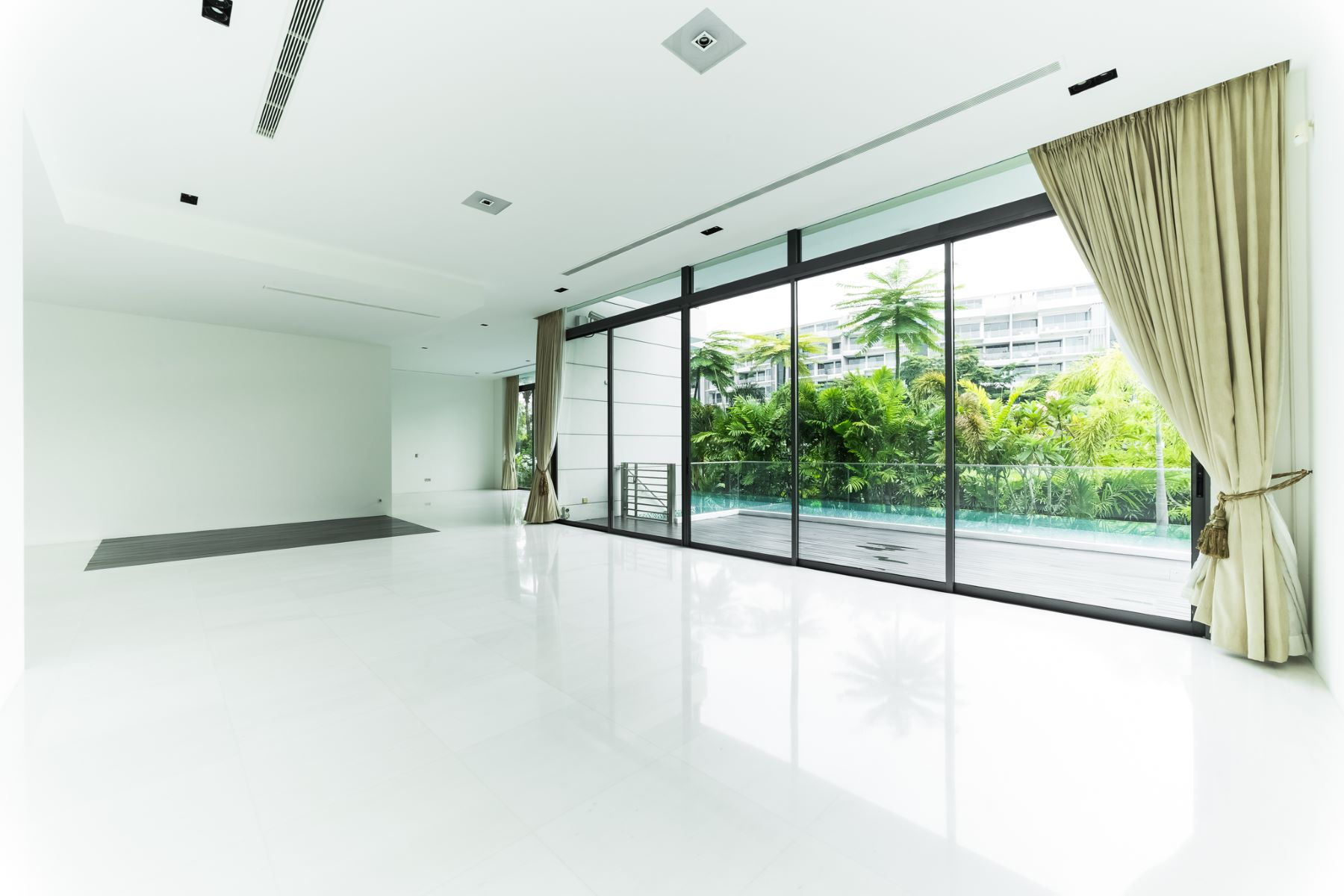 Additional photo for property listing at Treasure Island - Sentosa Cove Singapore, Cities In Singapore Singapore