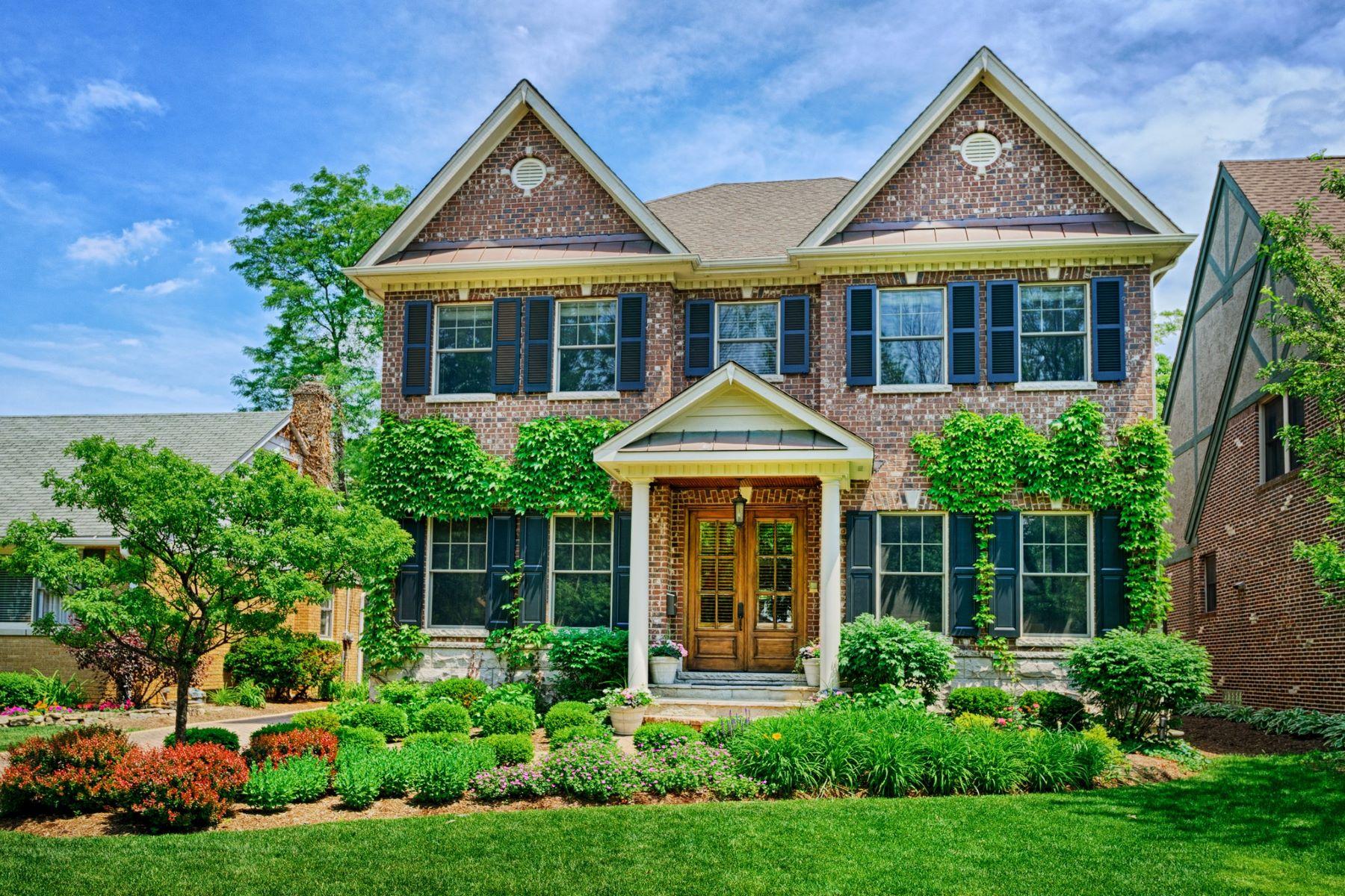 Частный односемейный дом для того Продажа на 3841 Woodland Ave Western Springs, Иллинойс, 60558 Соединенные Штаты
