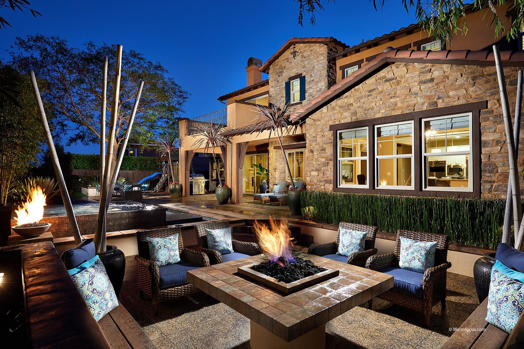 Maison unifamiliale pour l Vente à 6973 Corte Langosta Carlsbad, Californie 92009 États-Unis