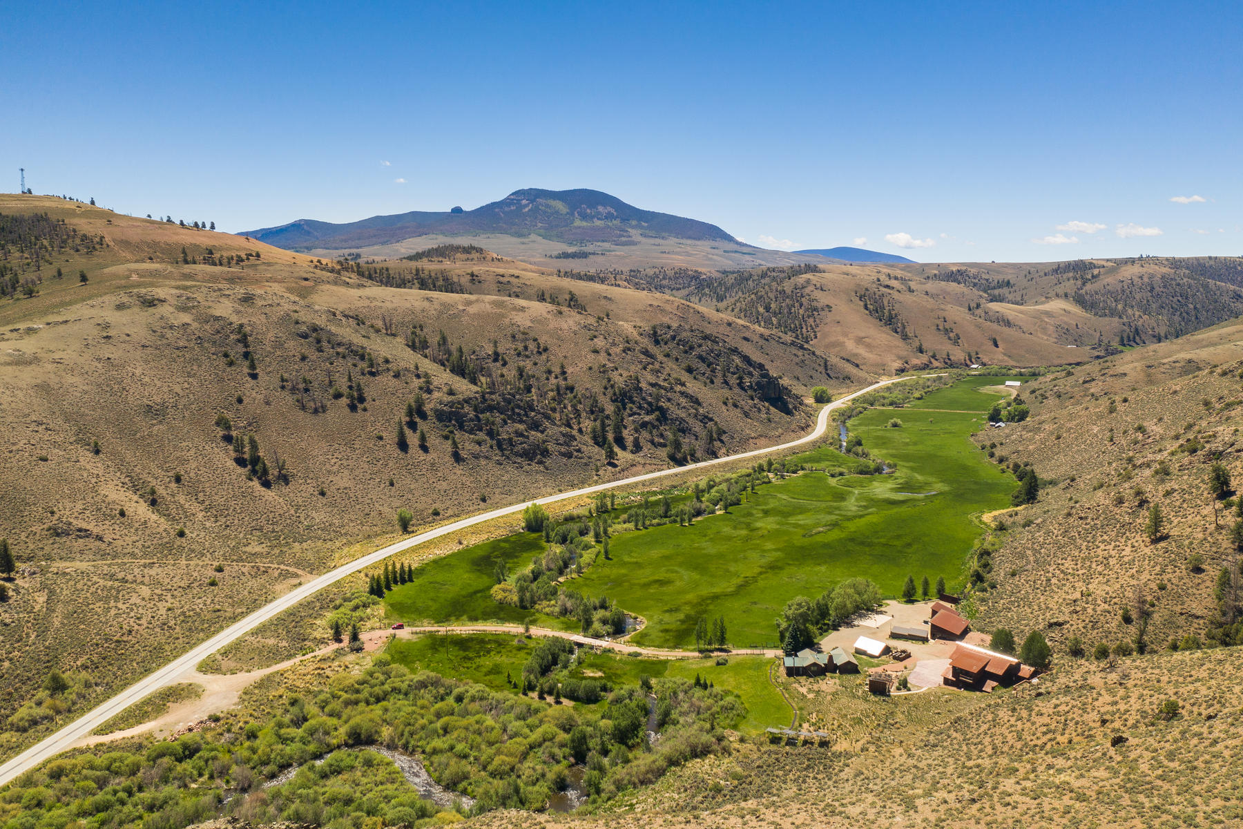 Single Family Homes for Active at Meticulously Maintained Rural Property 9674 Highway 114 Gunnison, Colorado 81230 United States