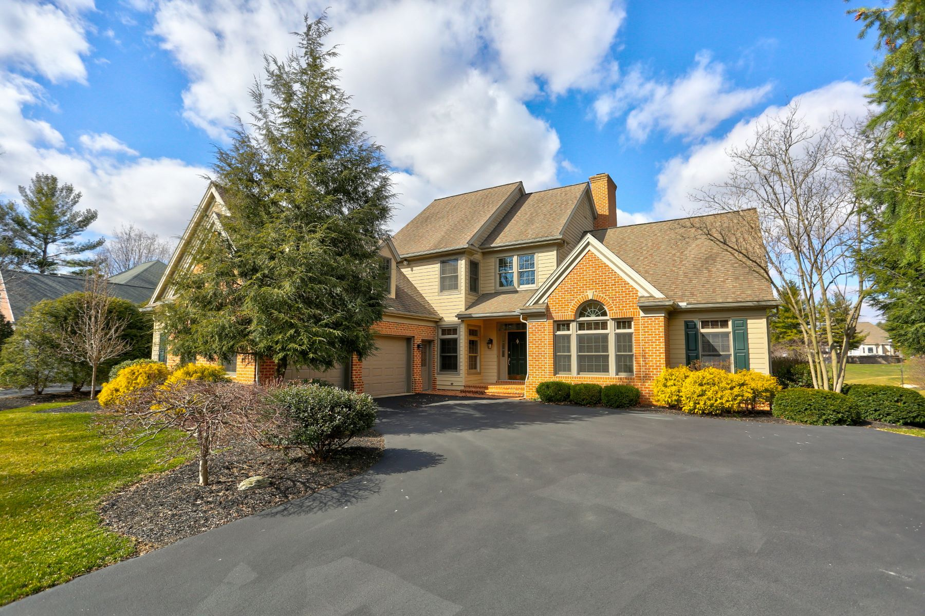 Additional photo for property listing at 74 Oakhill Drive 74 Oakhill Drive Lititz, Pennsylvania 17543 Estados Unidos