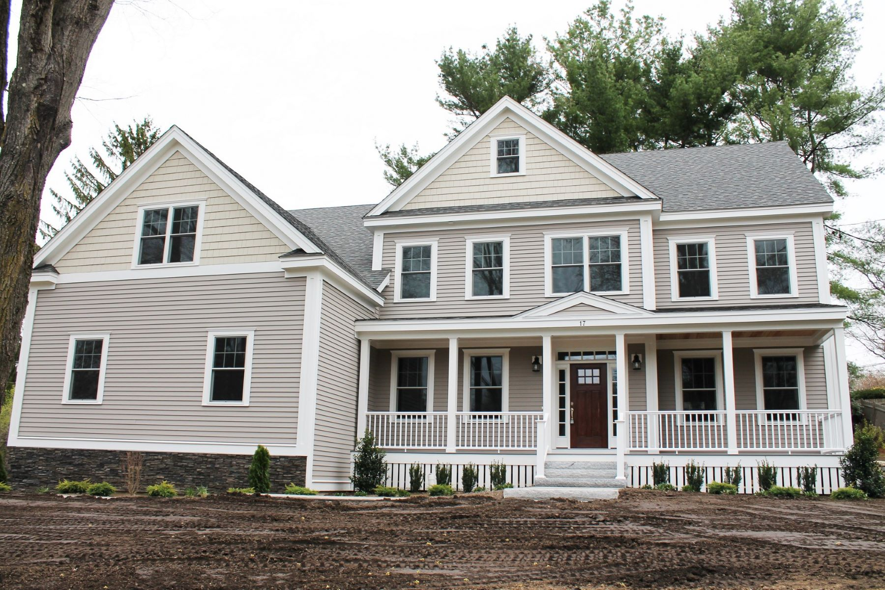 Single Family Home for Active at 17 Minute Man Lane, Lexington 17 Minute Man Ln Lexington, Massachusetts 02421 United States