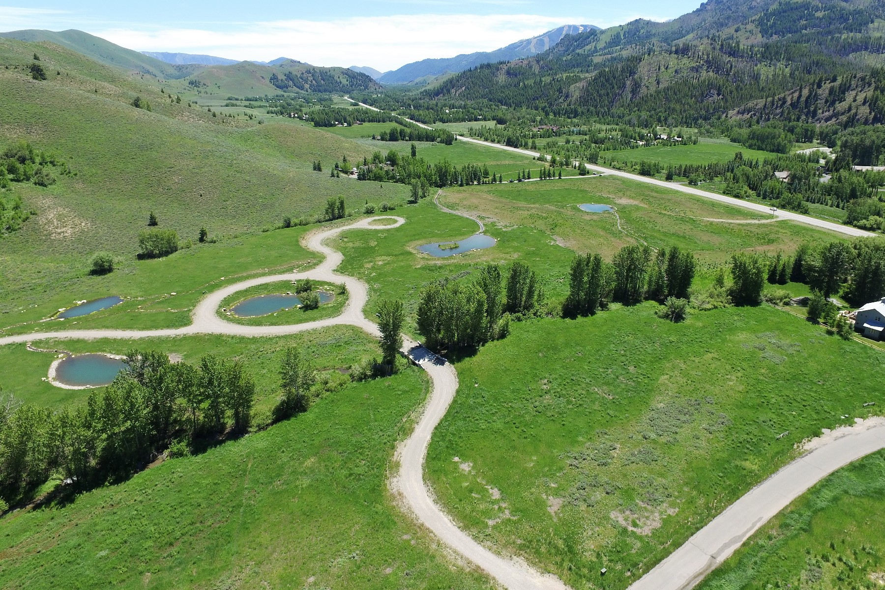 Terreno por un Venta en Water Front In Eagle Springs Eagle Springs Ct and 13449 Highway 75 Ketchum, Idaho, 83340 Estados Unidos