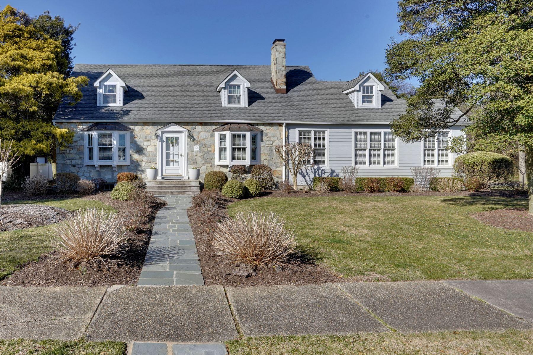 Single Family Homes por un Venta en Charming Cape Cod 103 Trenton Avenue Sea Girt, Nueva Jersey 08750 Estados Unidos