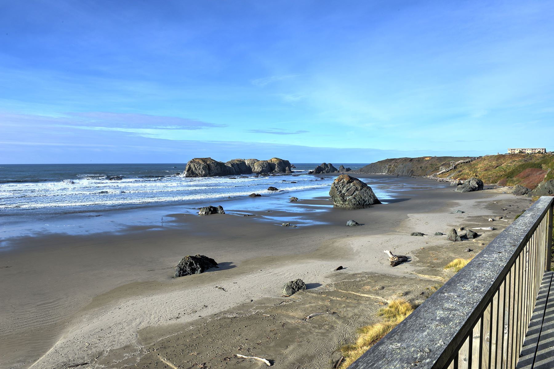 Single Family Home for Sale at Grand Oceanfront Home 1530 Beach Loop Drive, Bandon, Oregon, 97411 United States