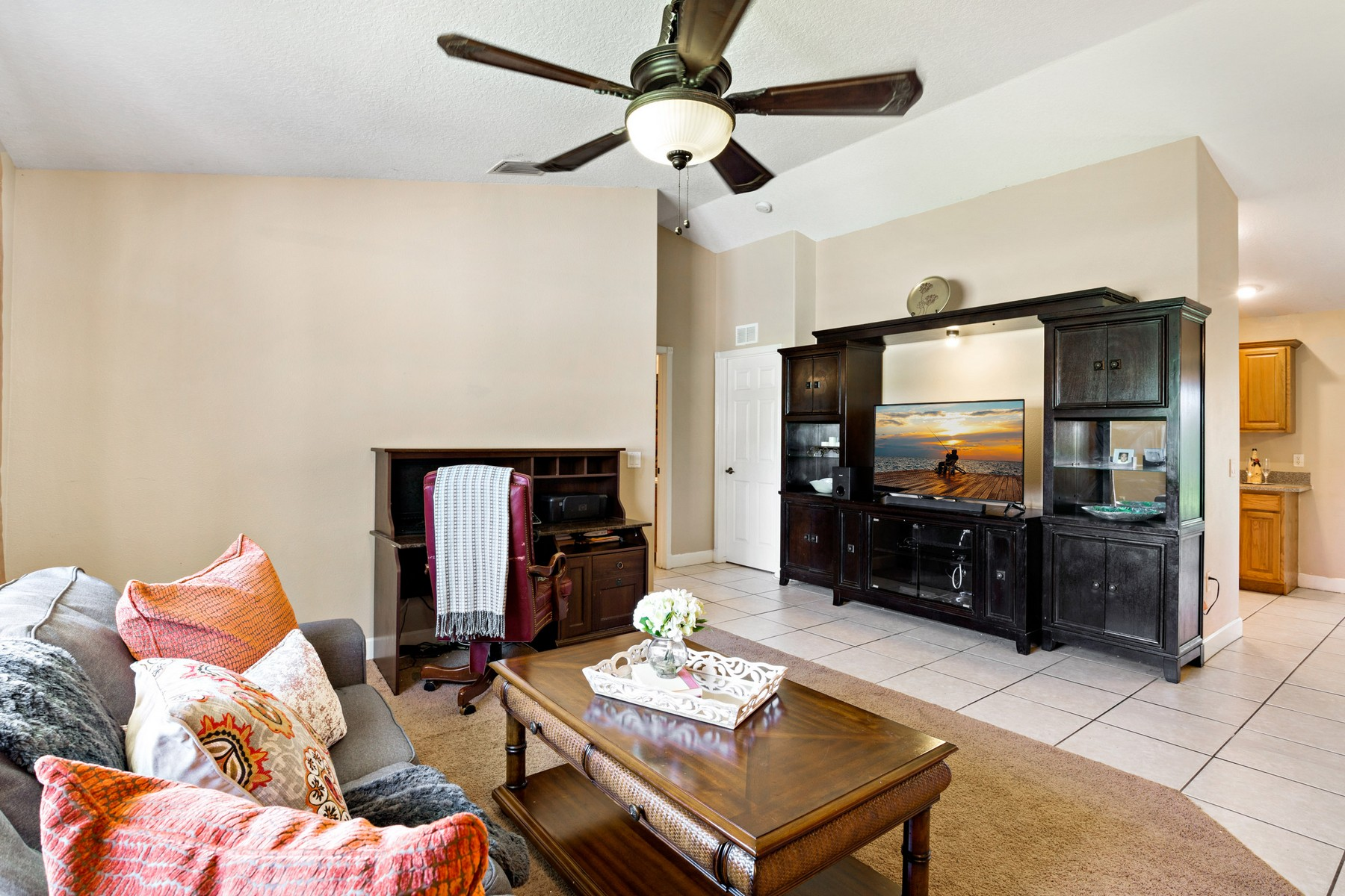 Additional photo for property listing at Live the Florida Dream! 2773 San Filippo Dr SE, Palm Bay, Florida 32909 Vereinigte Staaten