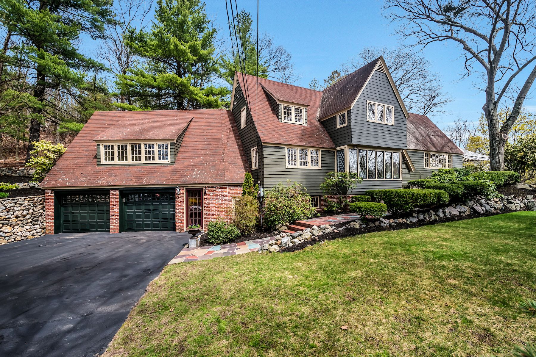 Single Family Home for Sale at Beautiful Colonial nestled on an acre+ of land 129 High Street Winchester, Massachusetts 01890 United States