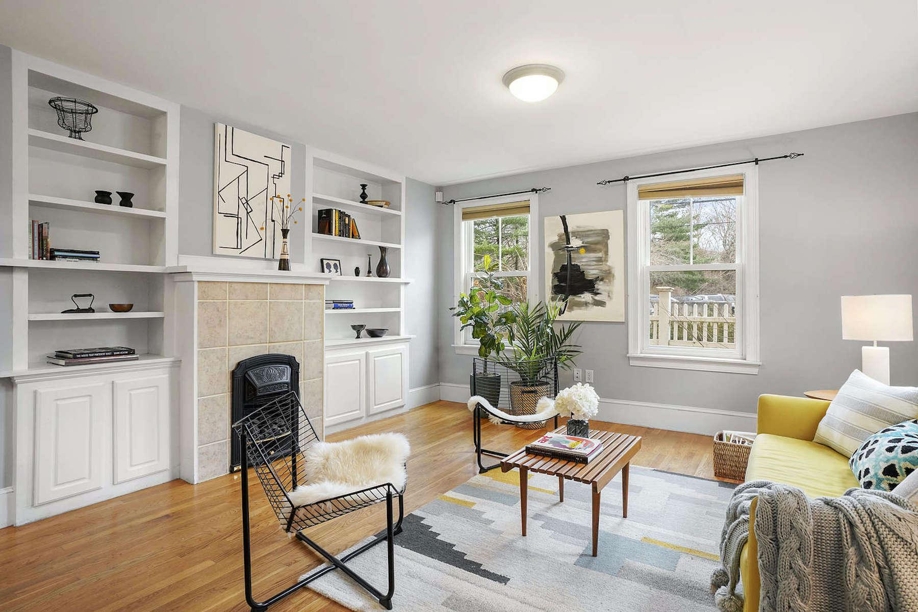 Condominiums for Sale at 97 Mystic Street, Unit 97 97 Mystic Street Unit 97 Arlington, Massachusetts 02474 United States