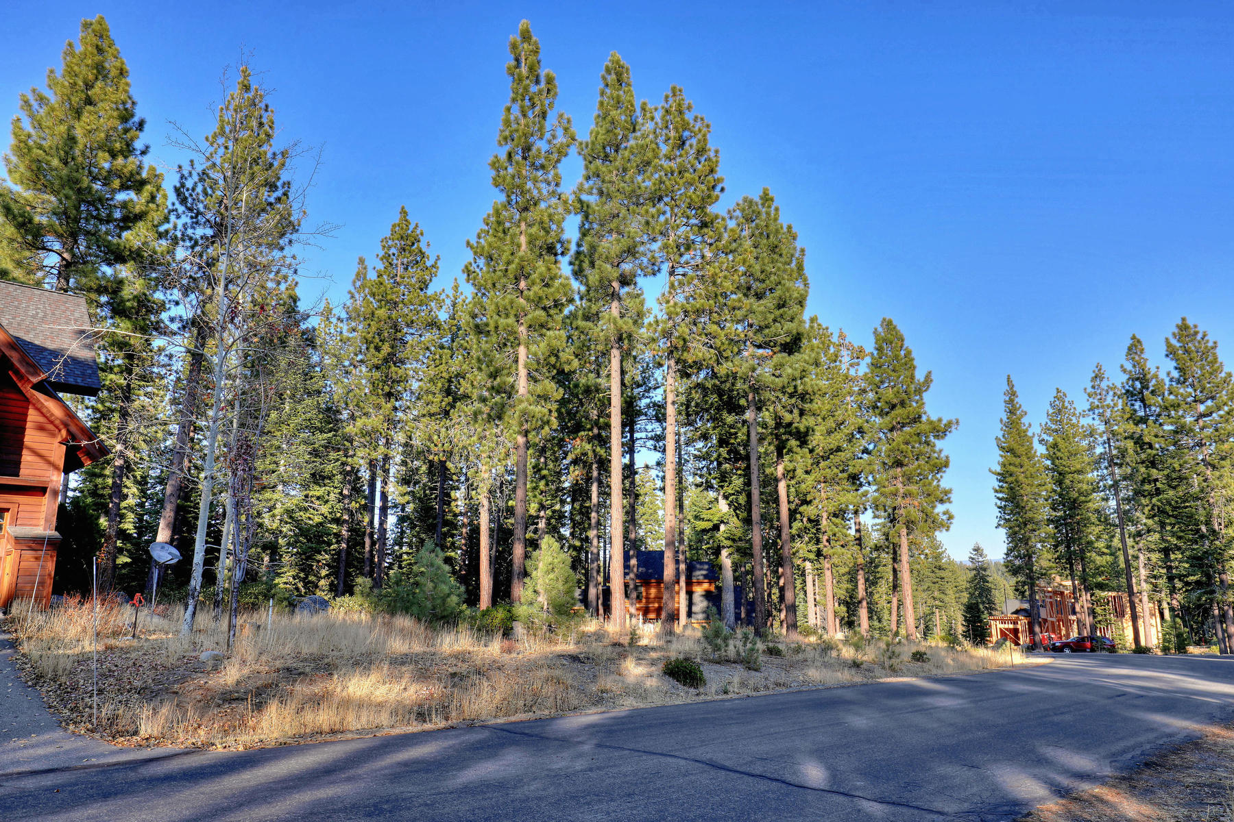 Land for Active at 10890 Passage Place, Truckee, CA 10890 Passage Place Truckee, California 96161 United States