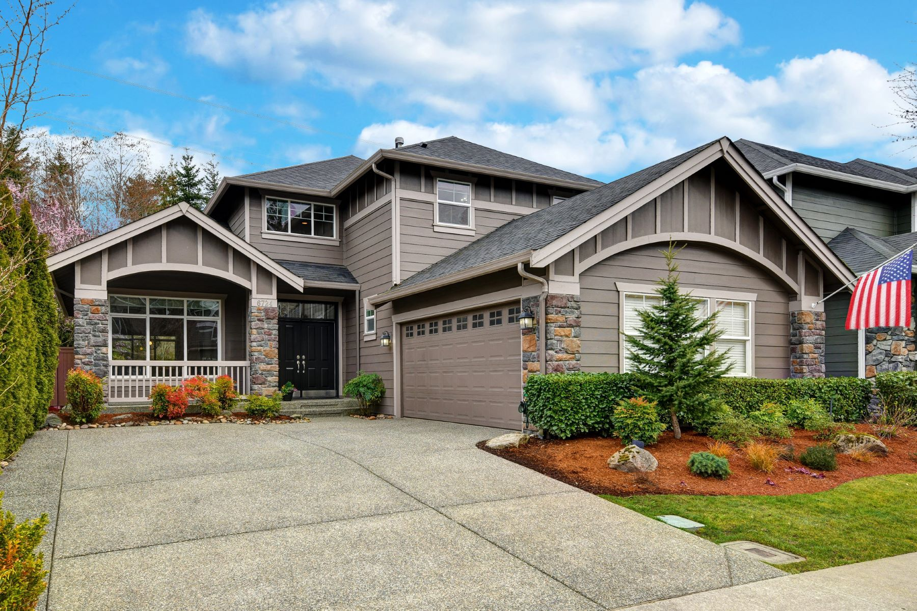 Single Family Homes 용 매매 에 Luxurious Living in Snoqualmie Ridge 6724 Crest View Ave SE, Snoqualmie, 워싱톤 98065 미국