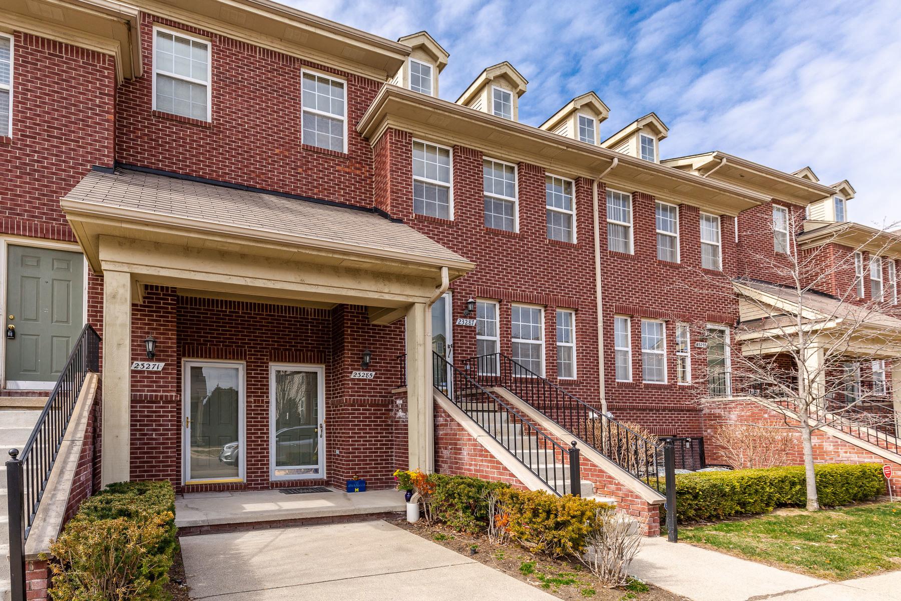 townhouses para Venda às Sotuthfield 23285 Grayson Drive, Southfield, Michigan 48075 Estados Unidos