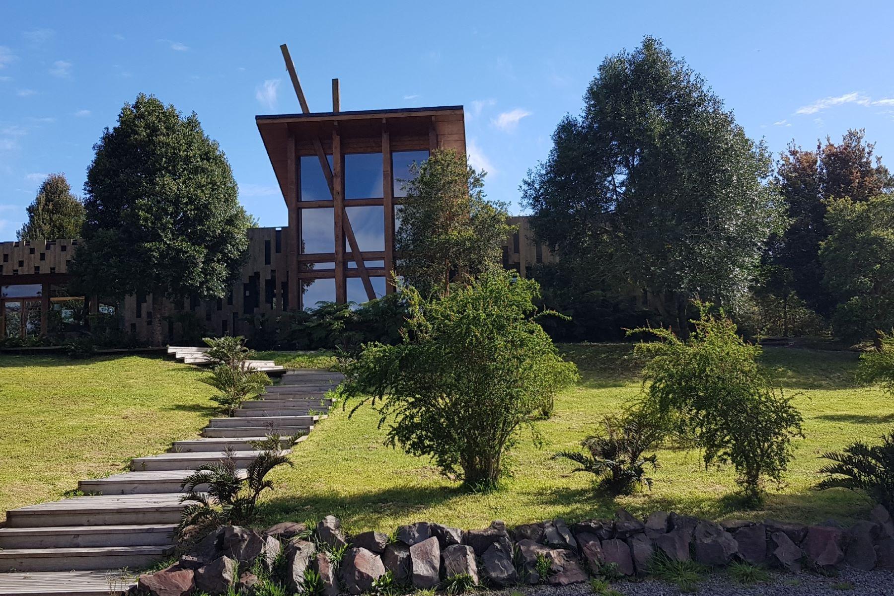 Terreno por un Venta en Lodge Cantarias en Puyehue con Orilla de Lago y Playa Puyehue, Osorno, Los Lagos Chile
