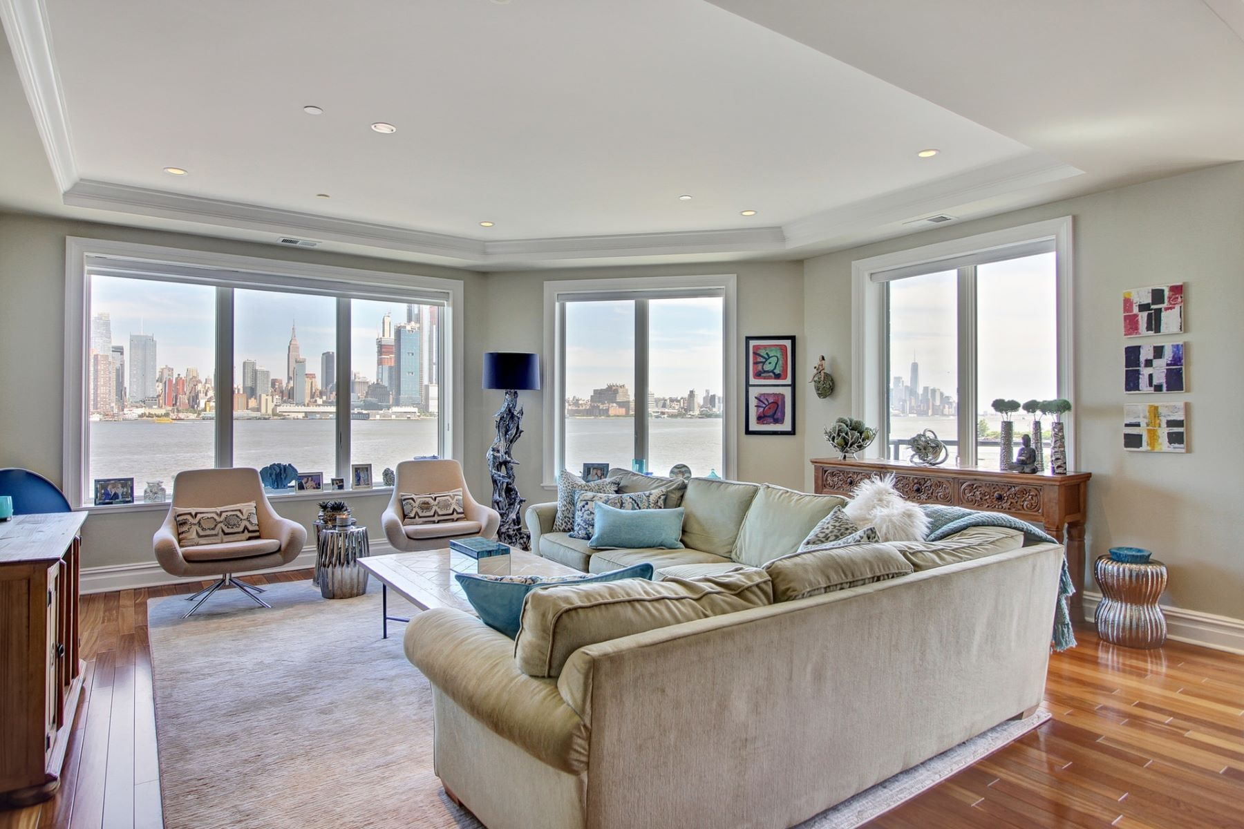 Condominium for Sale at Henley on the Hudson 250 Henley Pl #308 Weehawken, New Jersey 07086 United States