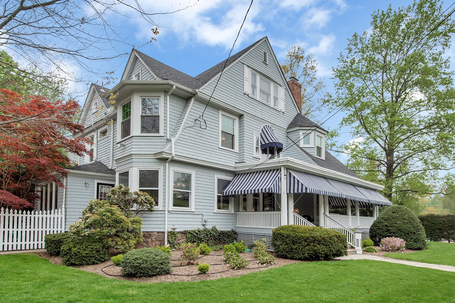 Single Family Homes for Sale at Beautiful Queen Anne Victorian 412 Park Street Montclair, New Jersey 07043 United States