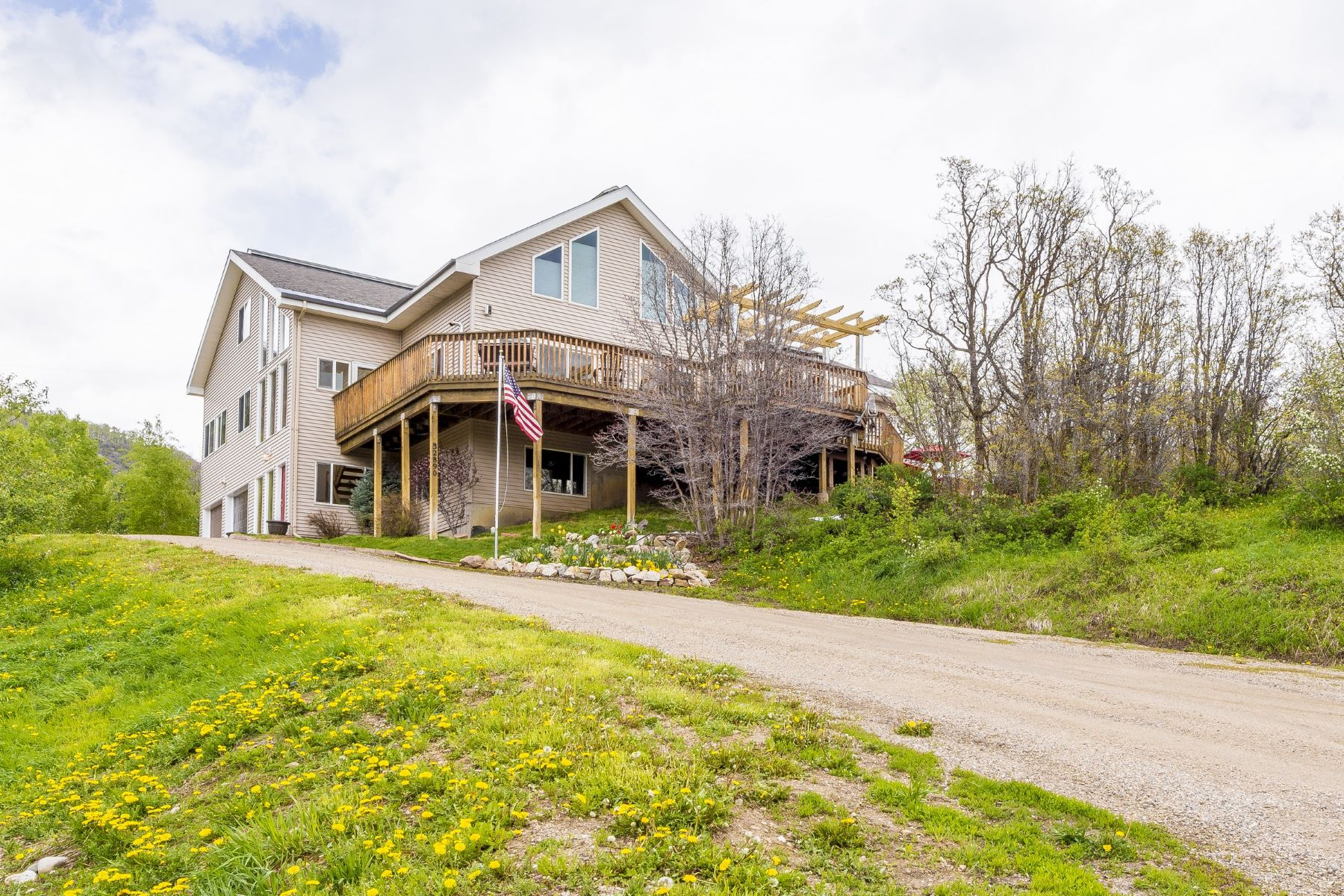 Single Family Home for Sale at Exceptional Country Home 32890 S Elk Dr Steamboat Springs, Colorado, 80487 United States