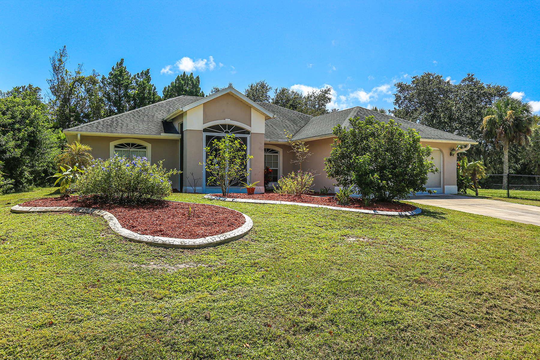 Single Family Homes for Sale at EAST ENGLEWOOD 7324 Sea Mist Dr Port Charlotte, Florida 33981 United States