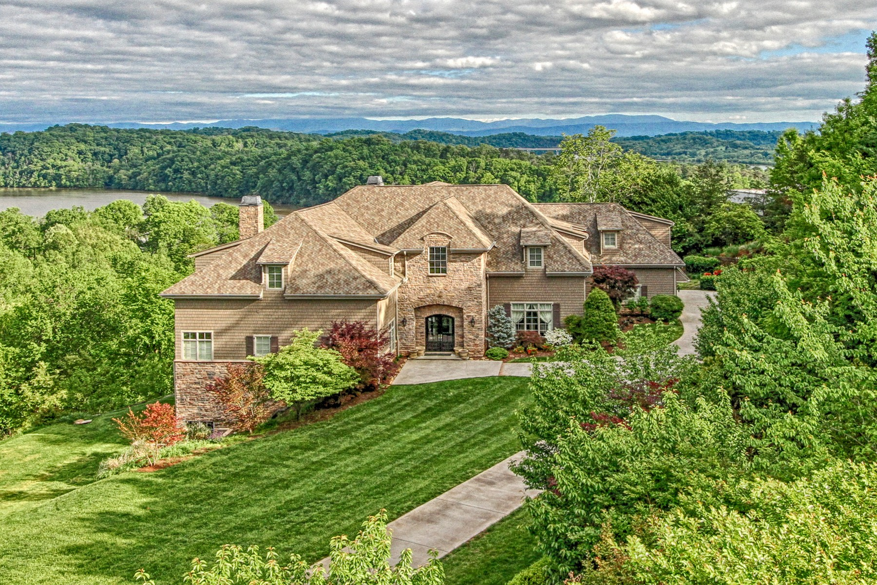 Single Family Home for Sale at Stunningly Elegant Estate 1928 Rudder Lane, Knoxville, Tennessee, 37917 United States