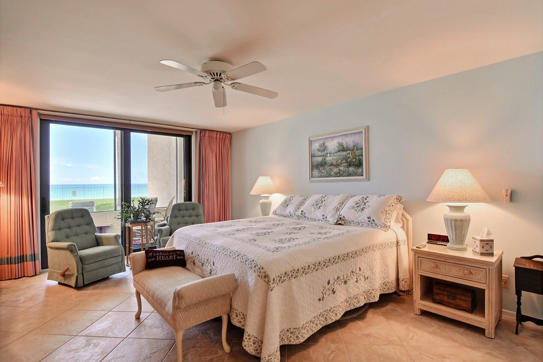Additional photo for property listing at Direct Oceanfront Opulent Pet Friendly Three Bedroom with Garage 4800 Highway A1A #116 Vero Beach, Florida 32963 United States