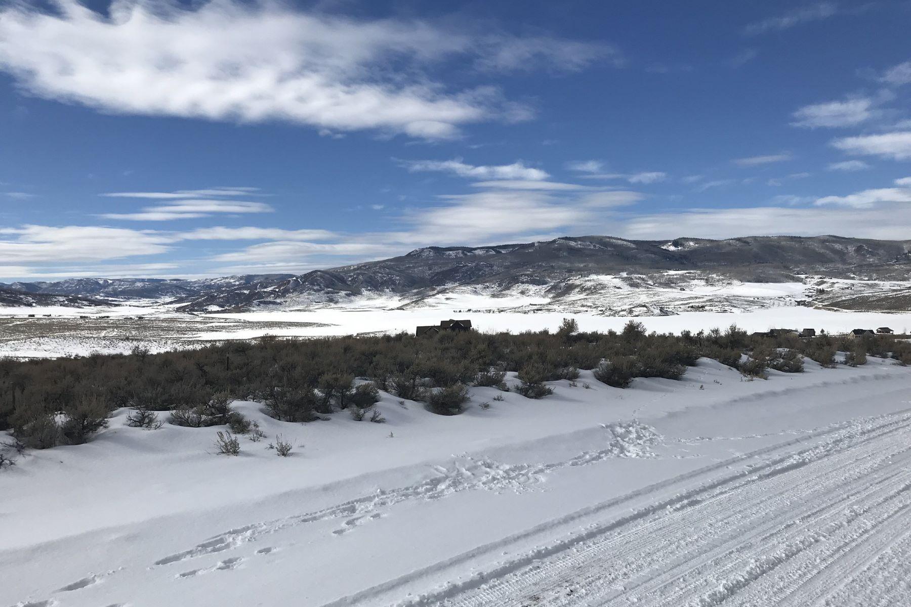Земля для того Продажа на Lake View Stagecoach Lot 31740 Shoshone Way, Oak Creek, Колорадо, 80467 Соединенные Штаты