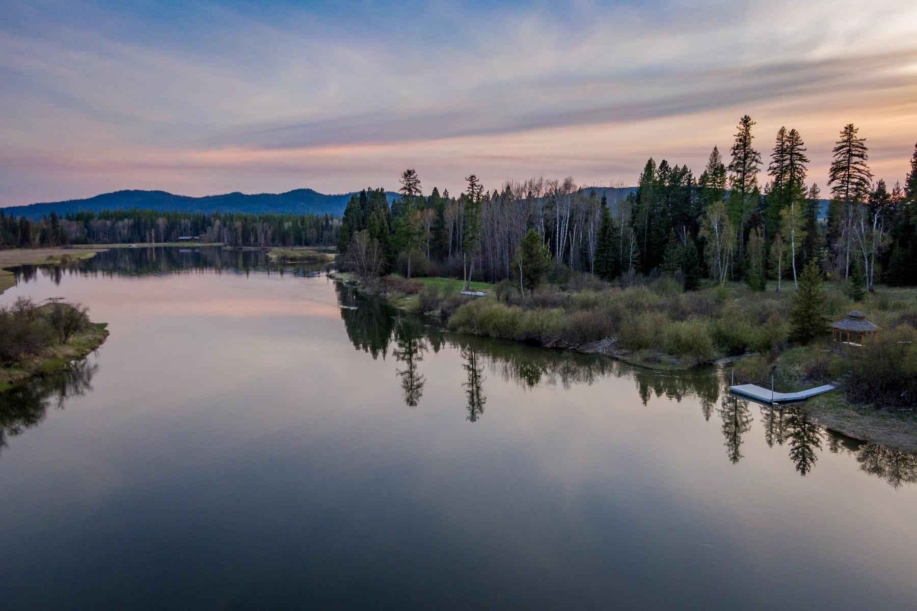 Single Family Homes por un Venta en 560 Wolf Creek Drive Bigfork, Montana 59911 Estados Unidos