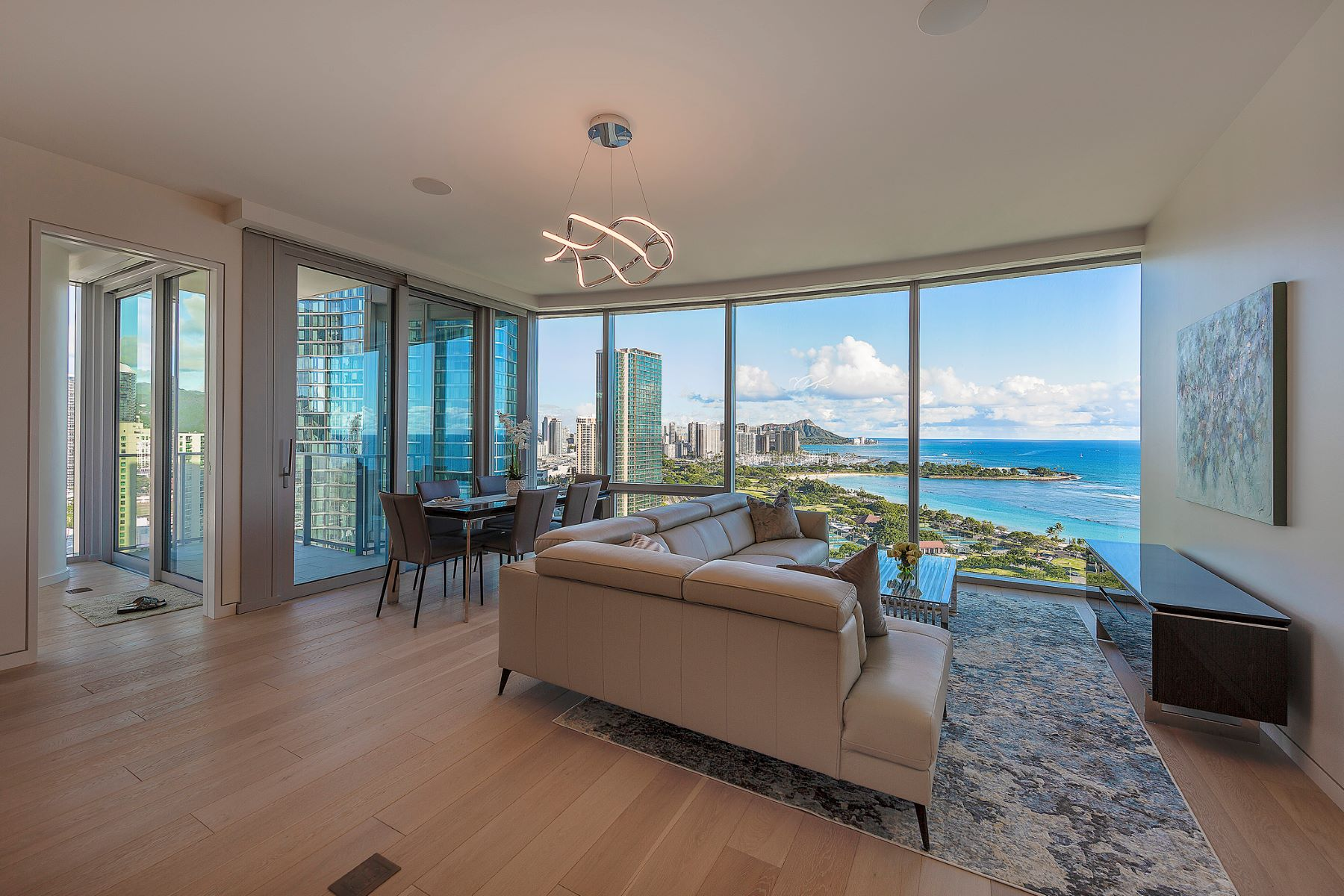 Condominiums 為 出售 在 Waiea, Luxury Condo, High Rise Condo, Ocean View, Kakaako 1118 Ala Moana Blvd #2206, Honolulu, 夏威夷 96814 美國