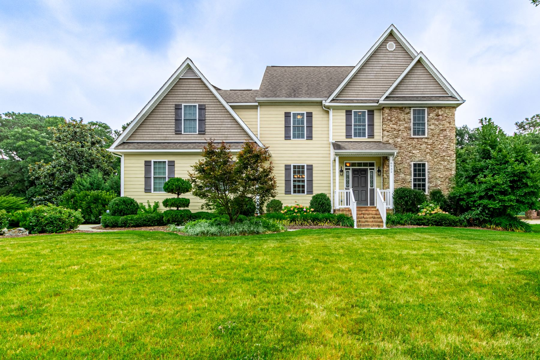 Single Family Homes for Active at Cedar Point 8932 River Crescent Suffolk, Virginia 23433 United States