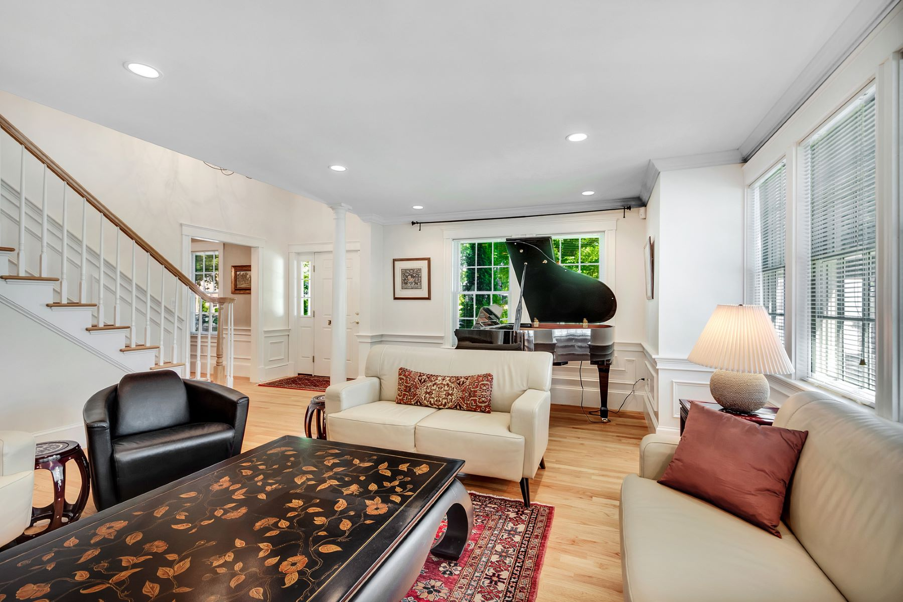 Additional photo for property listing at 44 Parker Avenue, Newton  Newton, Massachusetts 02459 United States