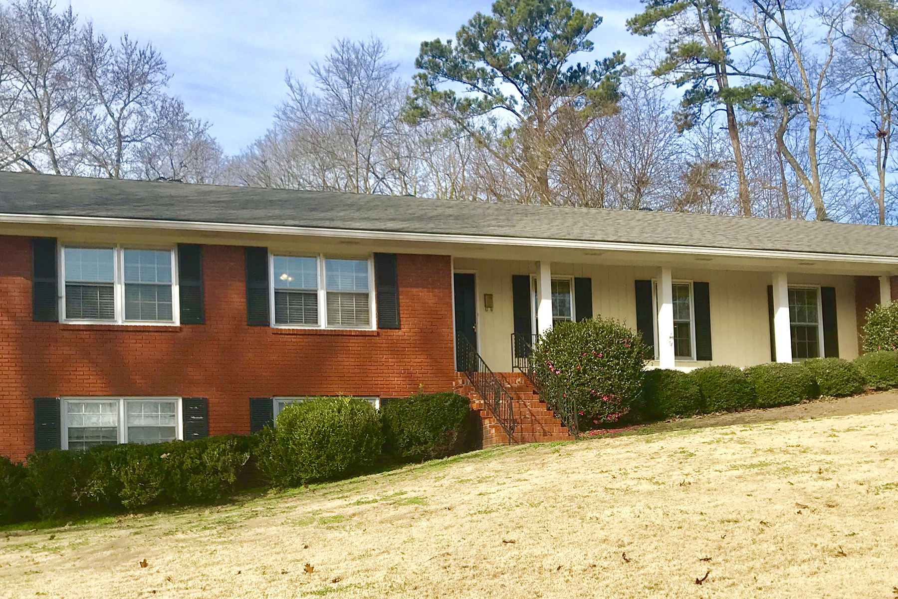 Single Family Home for Rent at Beautiful Brick Ranch in East Cobb 3241 Hickory Crest Drive Marietta, Georgia 30064 United States