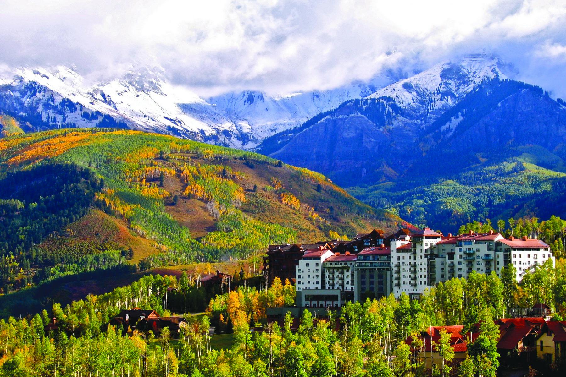 Nhà chung cư vì Bán tại Peaks Resort, Unit 328 136 Country Club Drive, Unit 328 Telluride, Colorado, 81435 Hoa Kỳ