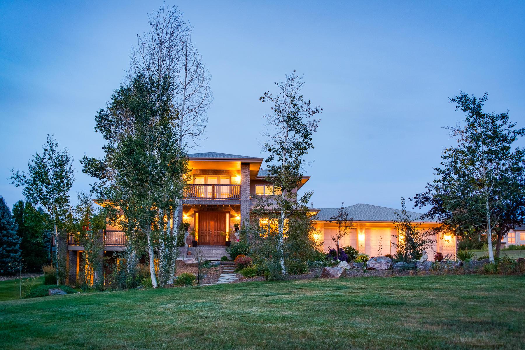 Single Family Homes 为 销售 在 Rare Boulder County Baxter Farm Estate with SIX STALL GARAGE 55 Baxter Farm Lane 伊利, 科罗拉多州 80516 美国