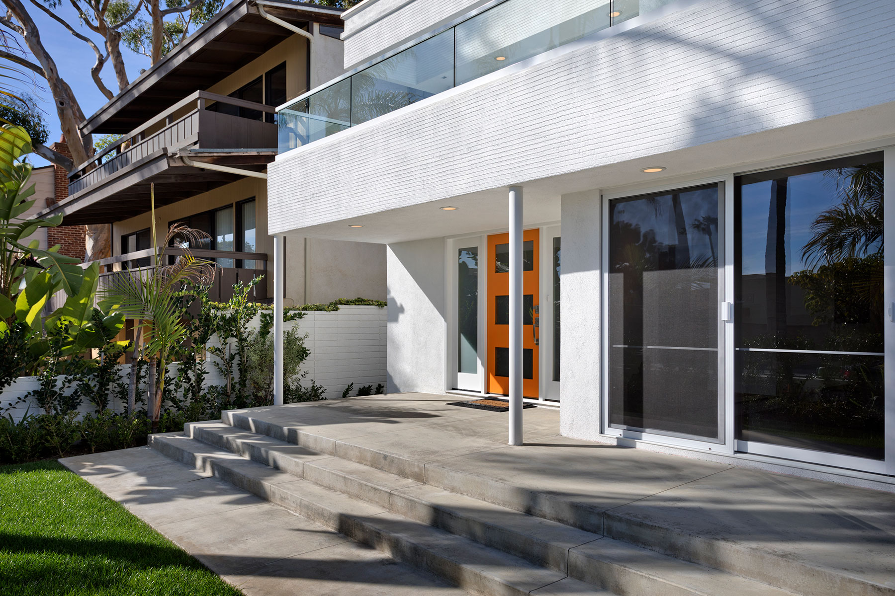Casa para uma família para Venda às 129 Crescent Bay Dr. Laguna Beach, Califórnia, 92651 Estados Unidos