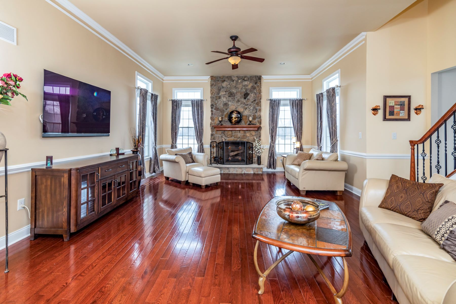Additional photo for property listing at Luxury, Craftsmanship, Warmth in Perfect Measure 11 Hendrickson Court, Hillsborough, New Jersey 08844 United States