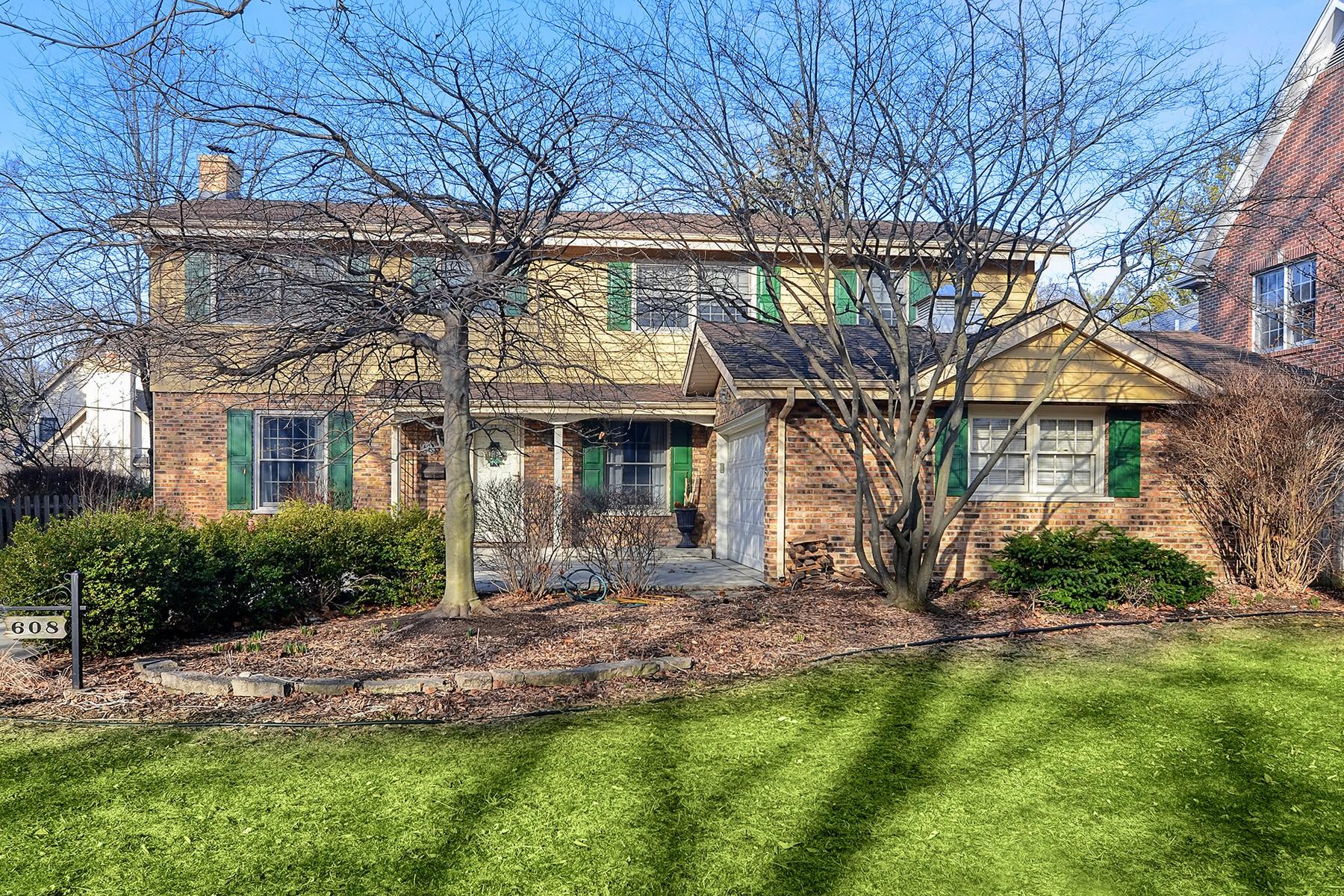 Vivienda unifamiliar por un Venta en The Ultimate Value in a Home 608 Franklin Street, Hinsdale, Illinois, 60521 Estados Unidos