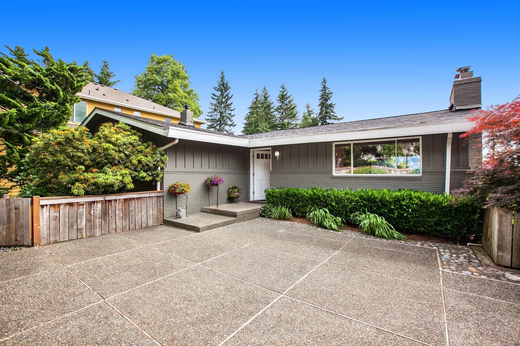 Single Family Home for Sale at 2304 100th Avenue NE Bellevue, Washington, 98004 United States
